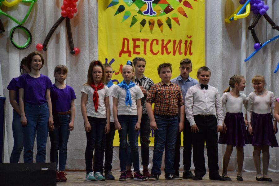 13 апреля на базе культурно-досугового центра пос. Кикерино состоялся V детский районный фестиваль игры КВН